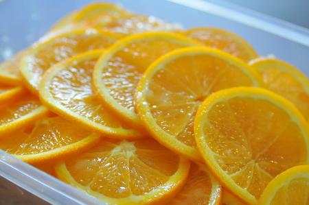 キレイにスライスされたオレンジ